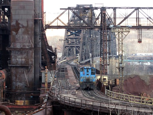 stuebenville wheeling pittsburgh steel mill blast furnace ohio river bridge high line sw1500 sw1200 emd switcher steubenville rust belt industrial