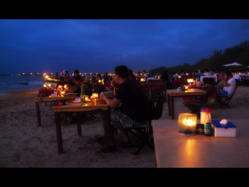 Candle light dinner in Jimbaran beach