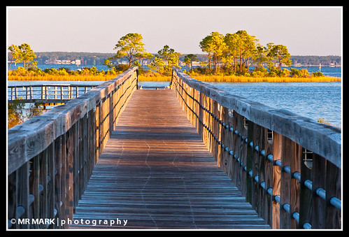 wood morning sunshine sunrise bay pier florida baytown wharf boardwalk fl destin sandestin