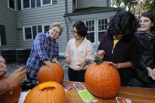 Pumpkin Carving 025