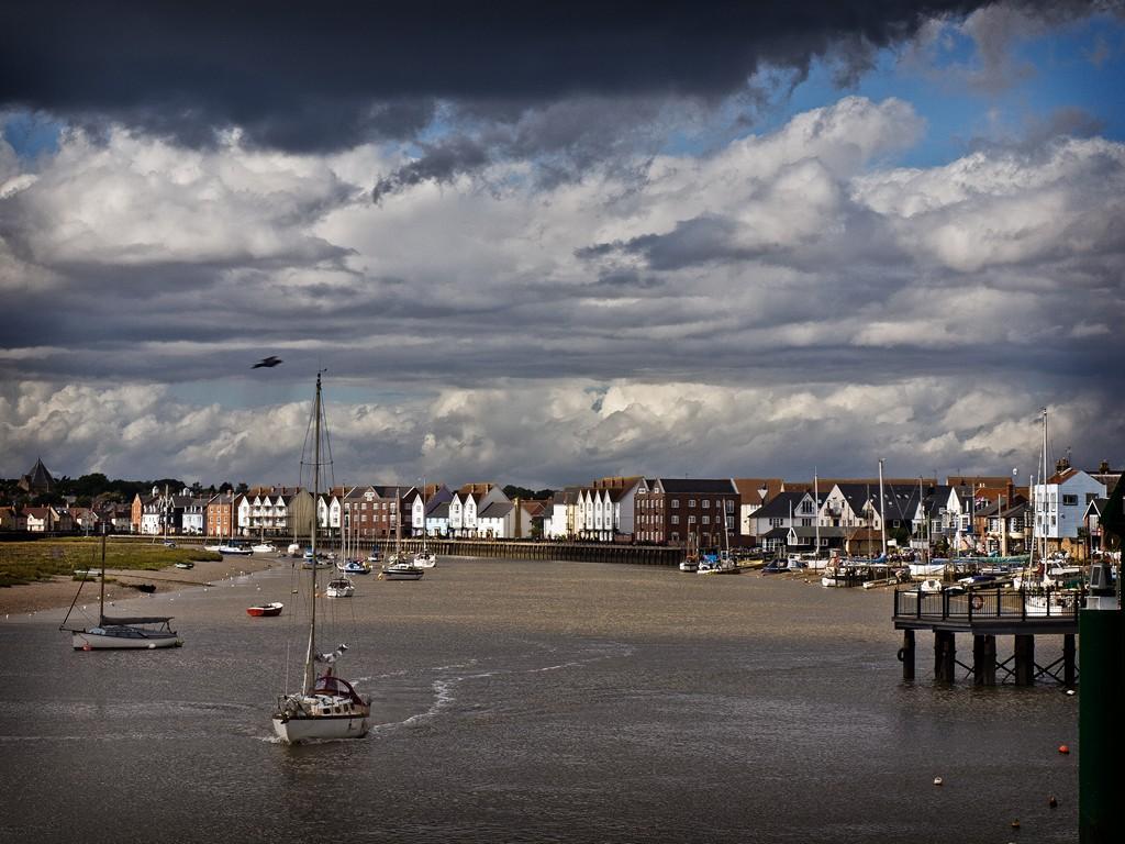 Wivenhoe harbour SWC B1 W30_20110917_37_DxO_1024x768