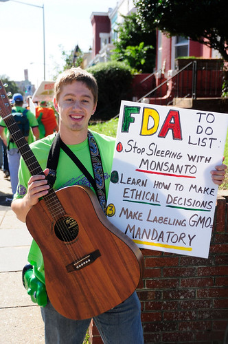 http://www.right2knowmarch.org/   by MillionsAgainstMonsanto
