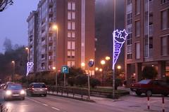 Motivos navideños lumínicos instalados en la Avda. de Bizkaia de Ermua en diciembre de 2010