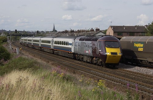 43303 and 43301 at rear head away from Chesterfield at Hasland on 15-8-08. Copyright Ian cuthbertson