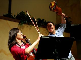 Violin vs Cello | by jontsai8601