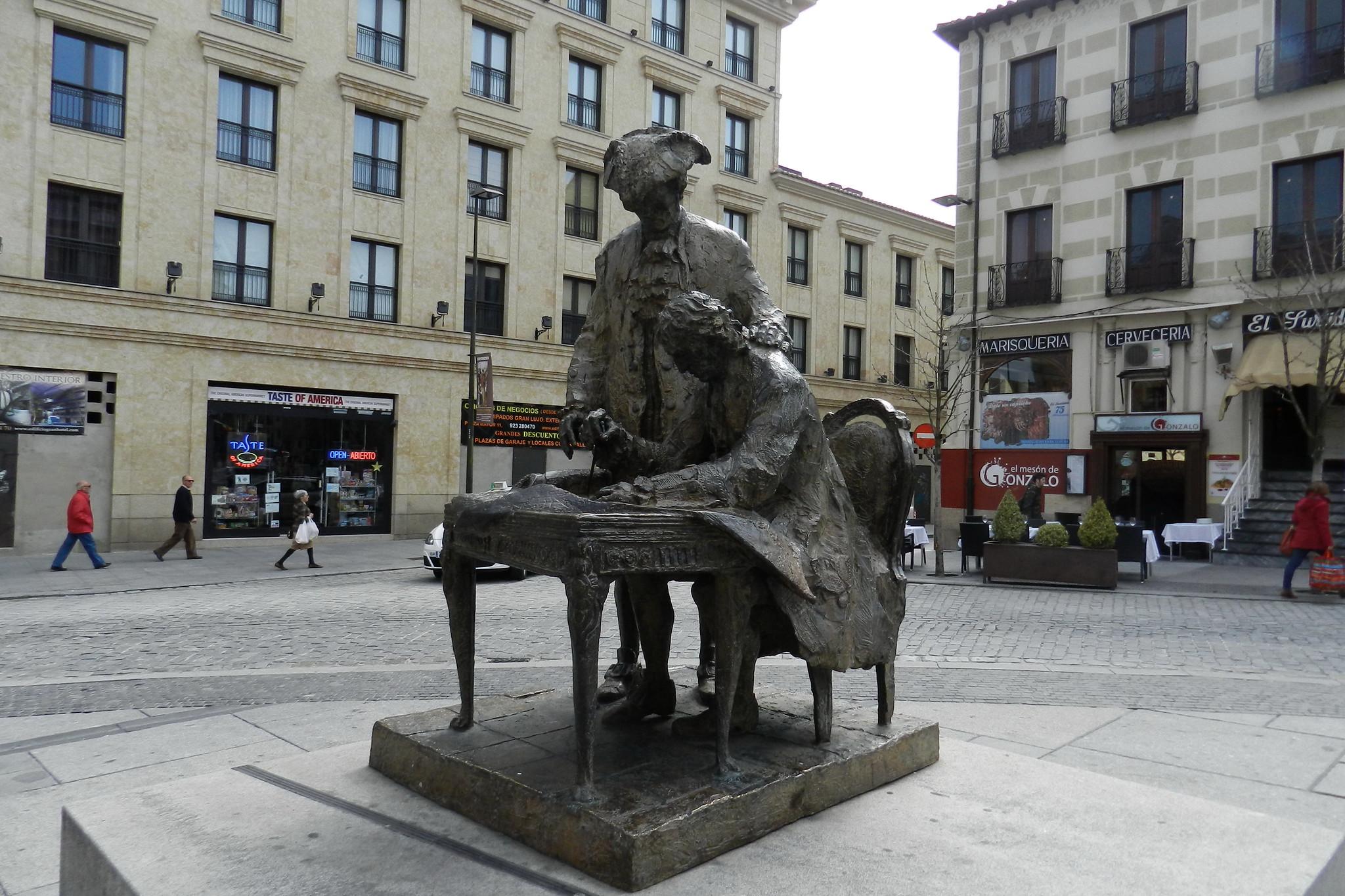 Monumento a Alberto Churriguera y al Conde Francos Salamanca