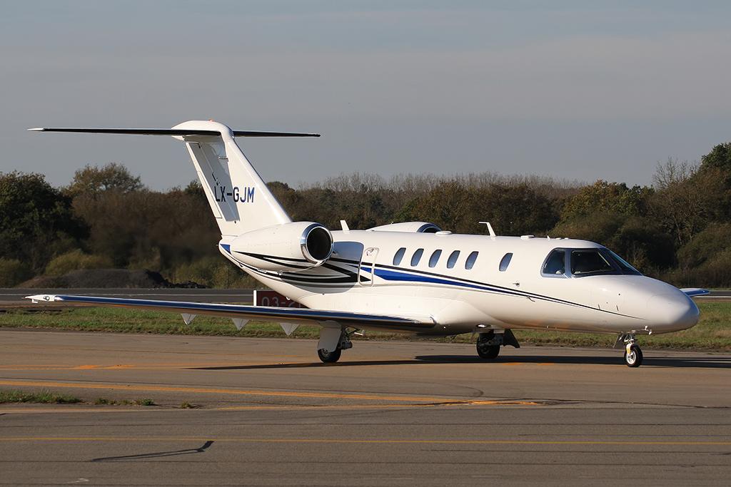 Cessna 525c Citation Cj4 Private Lx Gjm Niko Hpx Flickr