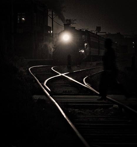 baiyin gansu china railway railroad rail asia steam engine locomotive train sy 282 gassteam trains railways shadows night nighttime transportation industrial november 2014