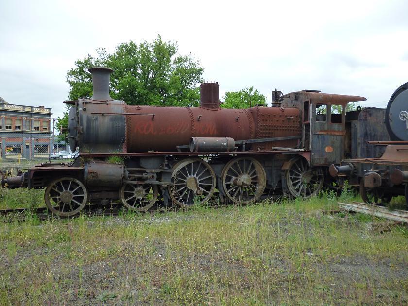 Side view of derelict D3-638 at Steamrail's Ballarat East Depot by Robert Kay