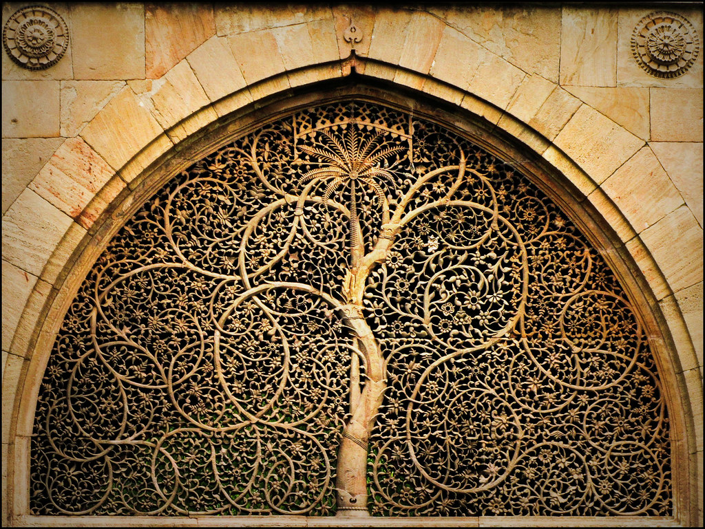 Sidi Saiyyed Jali The Sidi Saiyyed Mosque Built In 1573 Flickr