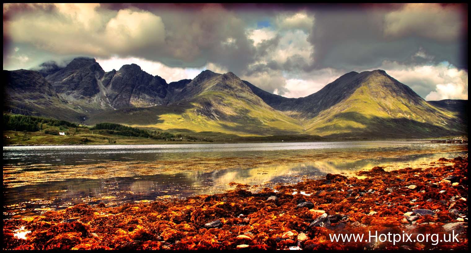 Scotland,skye,isle,island,Torins,Torin,walk,walking,UK,islands,mountains,hills,corbet,corbets,seaweed,brown,reflections,reflect,Torrin,HDR