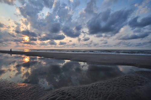 morning sun beautiful reflections sand nikon southcarolina beaches sunrises puddles atlanticocean pinoy hiltonheadisland travelphotography beautifulsunrise d90 summerseason morningwalks handheldshot sooc sunriseshots iso159 aperturef100 perfectsunsetssunrisesandskys manualmodeexposure burkesbeach setholiver1 0006secondexposure 1024mmtamronuwalens vacationimages incamerastraightening cloudscloudsreflectionswet
