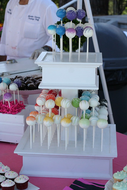 White Cake Pop Stand (2 Tiers only)
