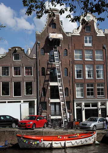 Moving Furniture into an Amsterdam Canal House | by Alan Ward Wirral