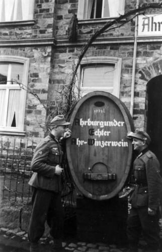 April 1940 i Ahrweiler, Rudi Margreiter og Ernst Pfitzer