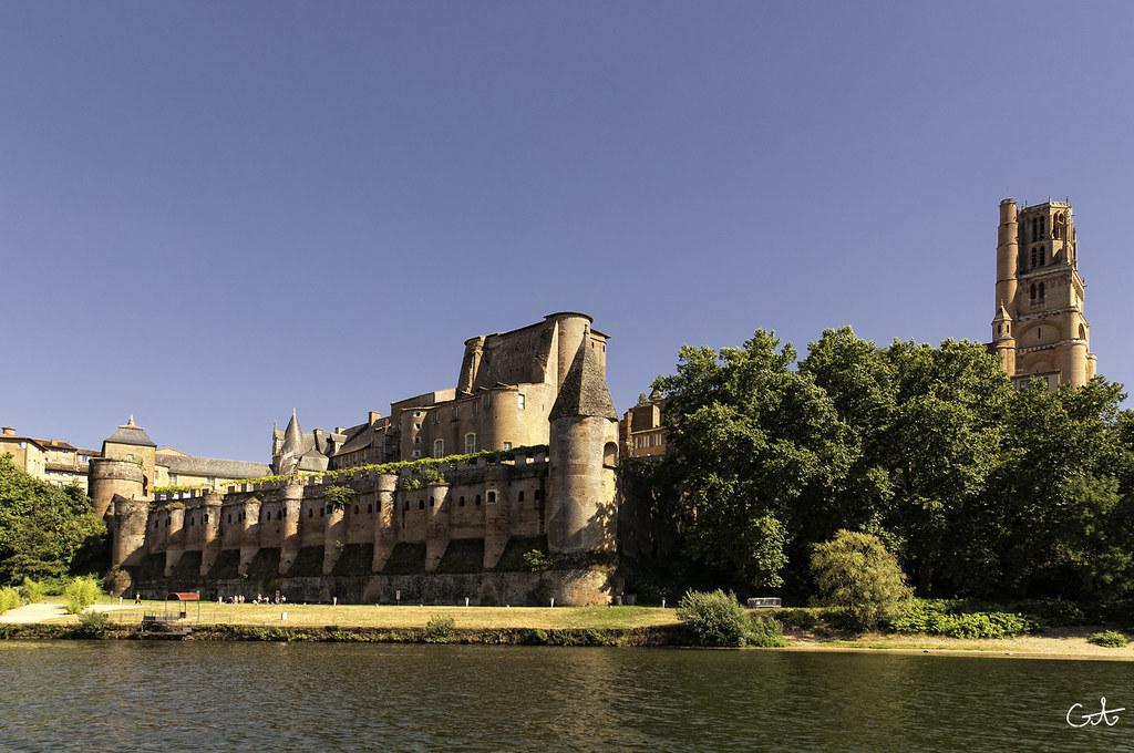 Albi - Tarn | Albi, la flèche de la cathédrale (78m de haut)… | Flickr