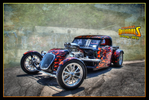 hotrod syracuse nationals hdr ghostbones photomatix d80 3exp topazadjust