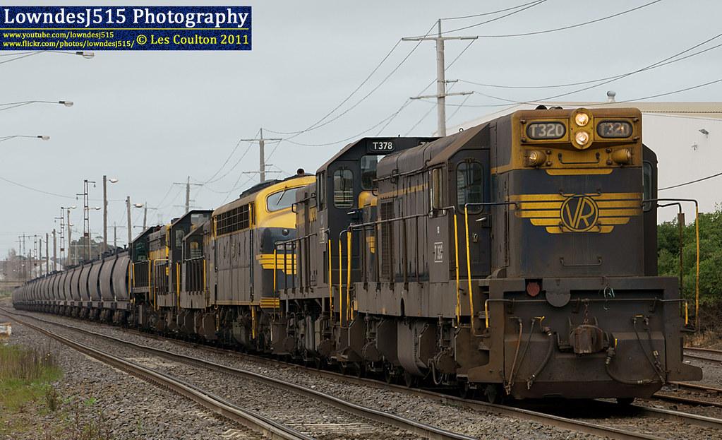 T320, T378, B74, T341, T357 & X31 at Brooklyn by LowndesJ515