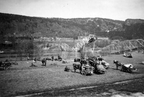 Østerriske bergjegere fra 137. Bergjegerregiment ved den sprengte brua i Selfors