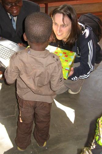 boy me child laptop faith presents mauricio shoebox mozambique wrappingpaper xaixai 2011 samaritanspurse views100 gazaprovince distributionevent