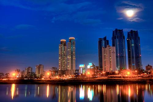 night evening korea bluehour hdr ulsan koreanphotography pwpartlycloudy