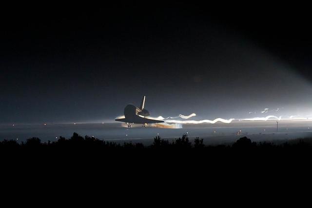 STS-135 Landing (201107210002HQ)