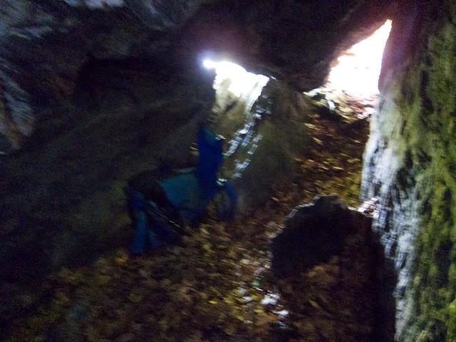 1:07:50 (74%): vermont bradford hiking cave devilsden wrightsmountain