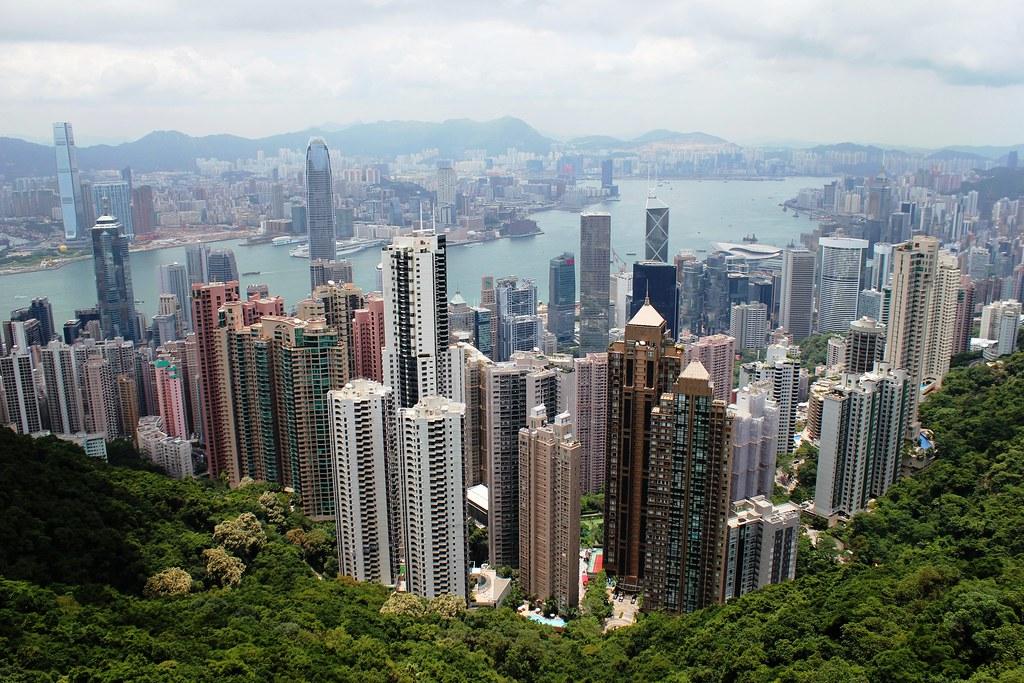 tour guide to hong kong