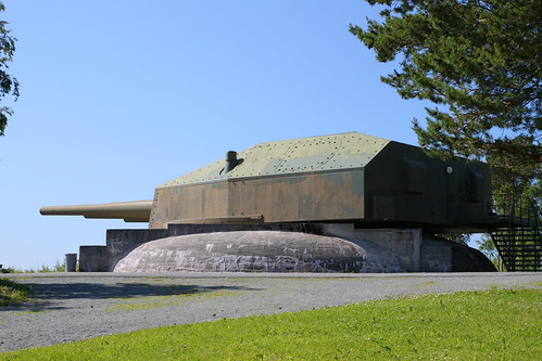 Austrått Fort - 28 cm Drillingsturm vom Schlachtkreuzer