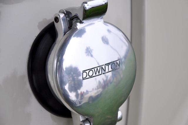 Downton cap