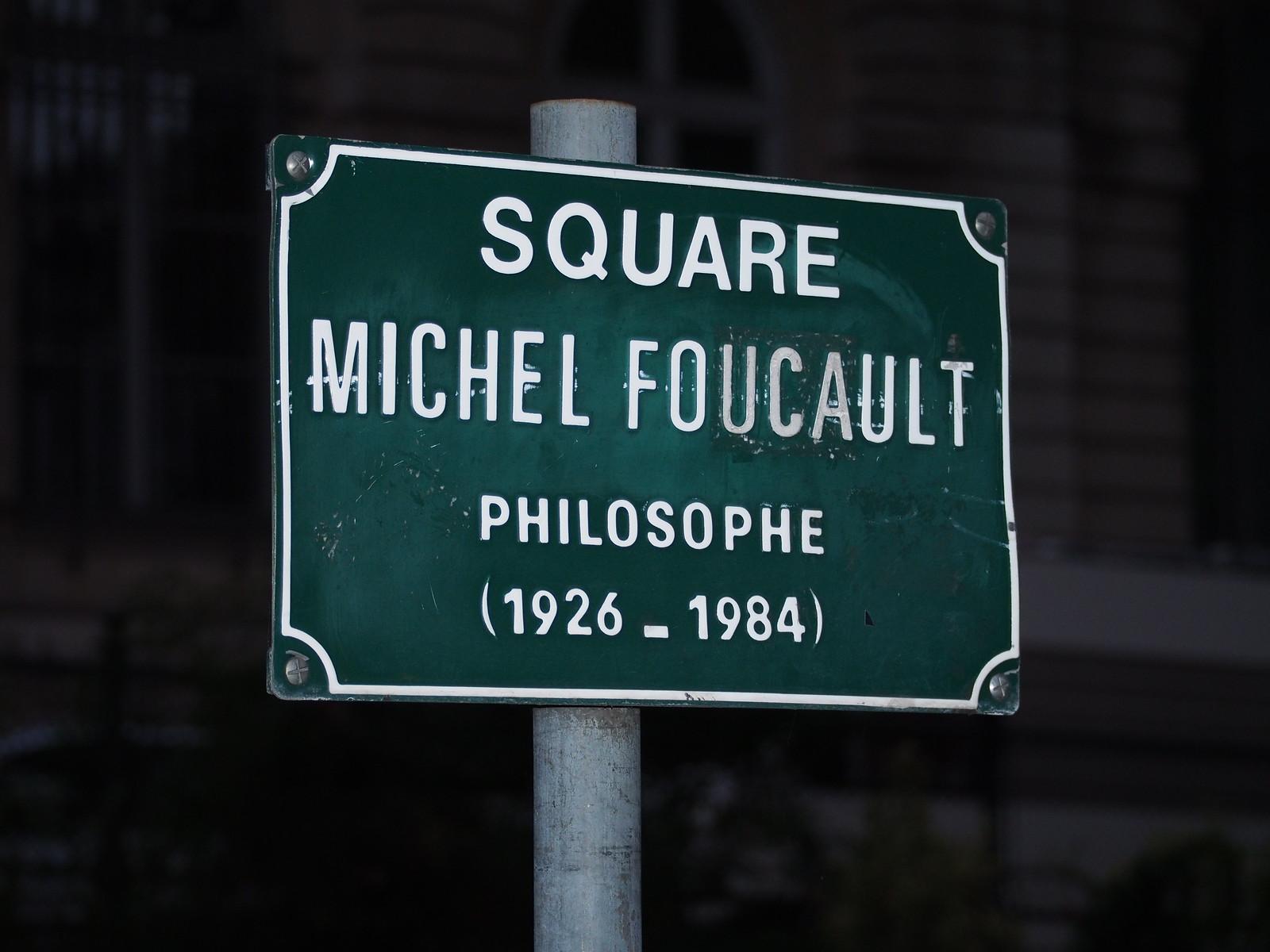 Paris: Square Michel Foucault