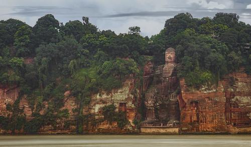 嘉州凌雲寺大彌勒石像(樂山大佛)|The Leshan Giant Buddha | by jermaineho