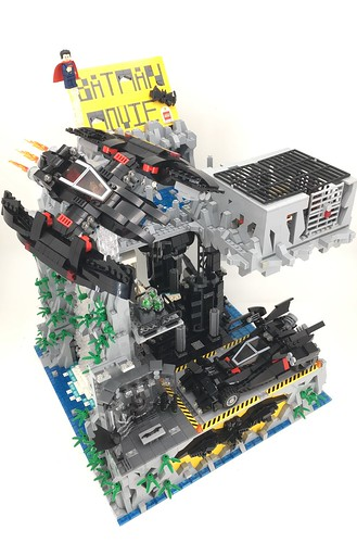 The Ultimate Batcave - The Lego Batman Movie