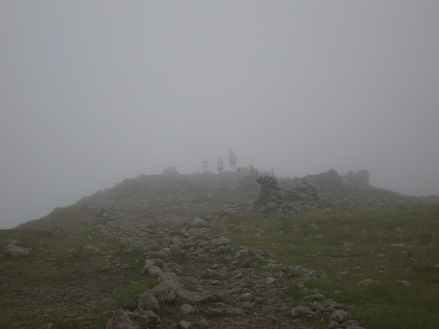 1:56:07 (88%): sign fog hiking newhampshire whitemountains mtmoosilauke bentontrail