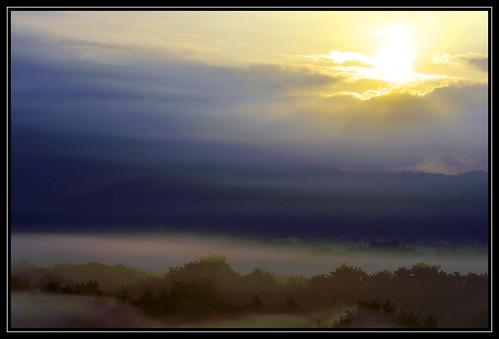 morning travel fog sunrise landscape taiwan tainan 台灣 台南 風景 日出 霧 中華民國 晨 二寮 erliao nikond90 nikkor70200mm repofchina maymargy