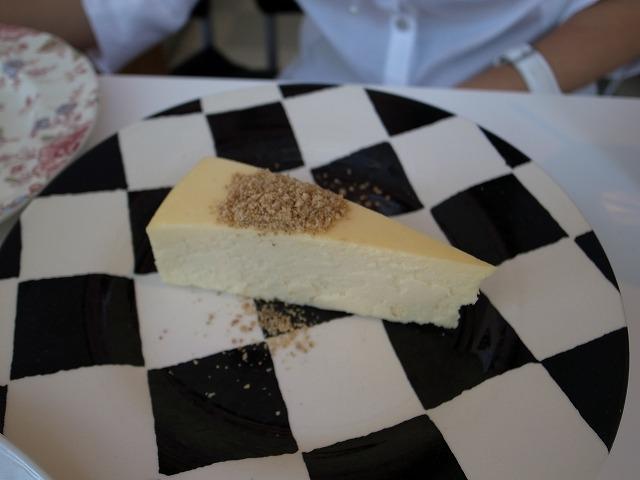 <p>チーズケーキ</p>