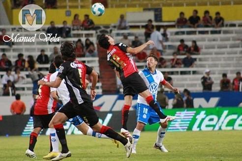 IMG_0646 Puebla FC derrota 1-0 a Rojinegros del Atlas estadio Jalisco por LAE Manuel Vela