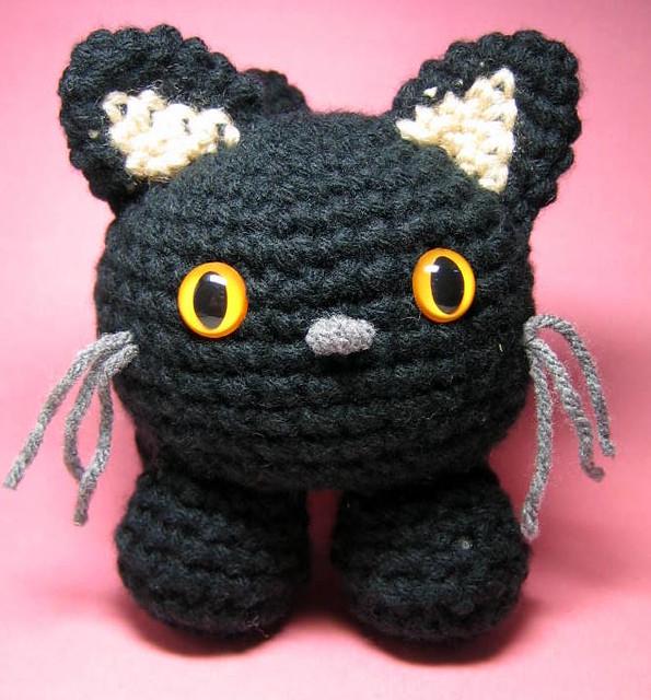 Amigurumi Little Cat Tutorial | 640x595