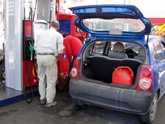 wo, 30/09/2009 - 20:22 - 87_ tanken we alle tanks vol