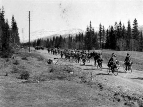 Bergjegere på vei opp Dunderlandsdalen