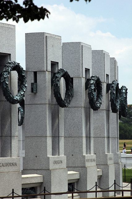 3272 WW II Memorial