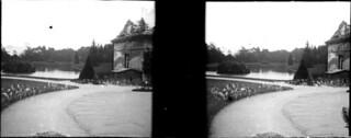Les chiens et les écuries, château de Chantilly, mai 1902