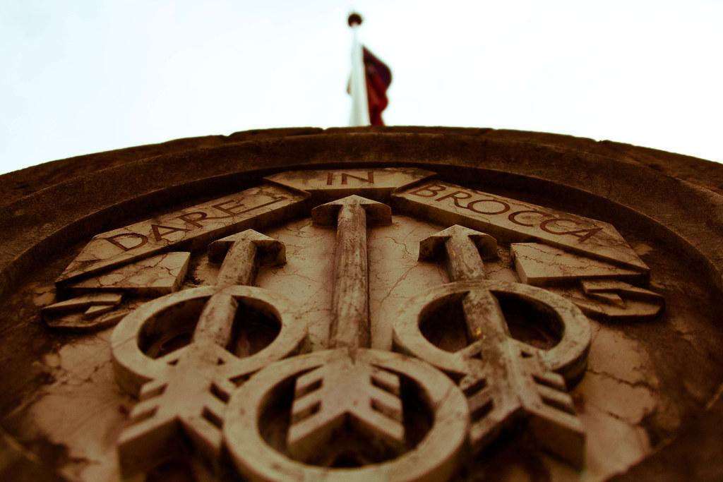 Dare In Brocca.Dare In Brocca Flagpole At Vittoriale Giacomo Cariello