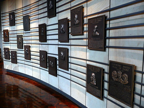 Country Music Hall of Fame | by Reading Tom