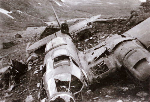 Tysk bombefly (Heinkel He 111) etter kampene i Narvik