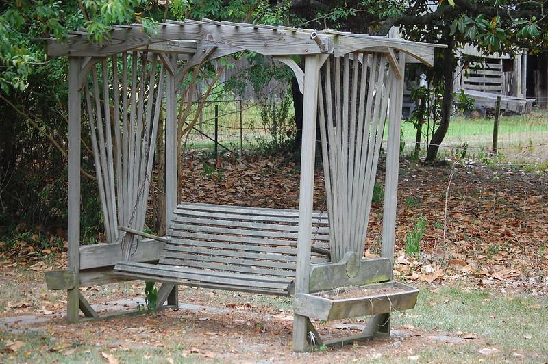 Arbor swing