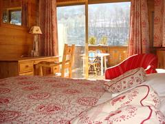 Hôtel Les Bains - Charme, authenticité et repas diététiques à Brides-les-Bains, France