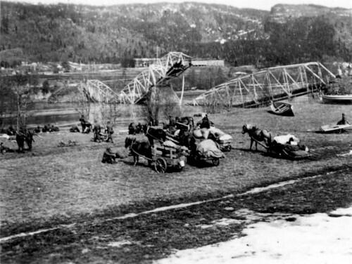 Østerriske bergjegere fra 137. bergjegerregiment ved den sprengte brua, Selfors