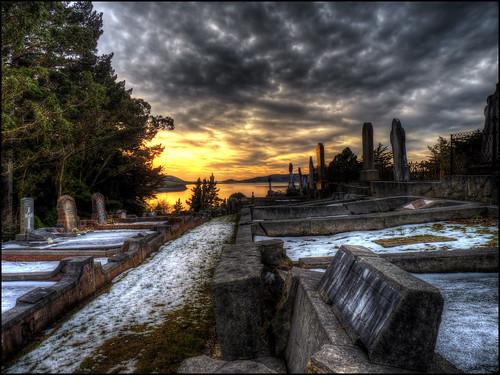 morning sea sky sun snow dan water grave graveyard sunrise landscape lumix stones web estuary hdr goodwin fz38 fz35 pommedan