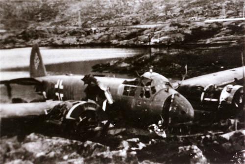 Tysk bombefly (Heinkel HE 111) etter kampene om Narvik